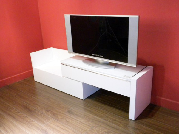 TV/AV Unit